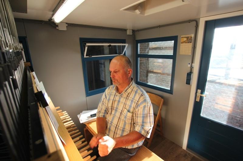 Beiaardier Martien van der Knijff Carillon Hasselt